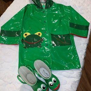 Kidorable Frog Rain jacket and Rain Boots